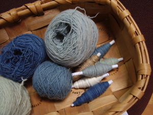 indigo-dyed yarns ready to weave up for today´s cushion (19 March 2010)