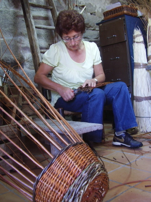 You can make a mushroom picking basket in a day coursse with Spanish basketmaker Lluis Grau