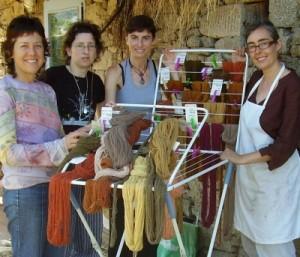 teñiendo lanas