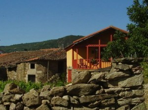 Cottage holidays at Casa dos Artesans