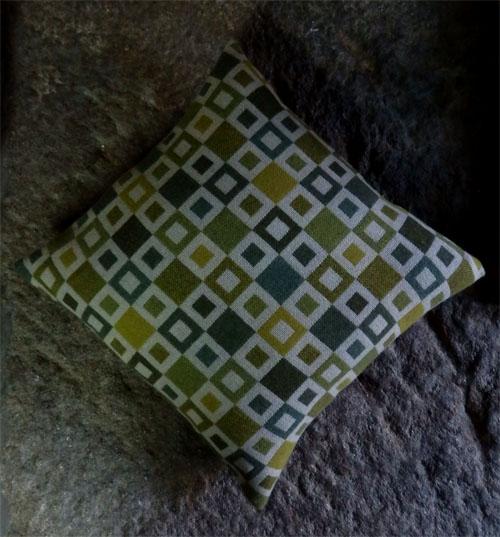 Melin Trygwynt cushion